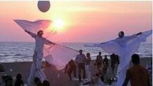 Sabato la Notte Bianca musica e lanterne volanti