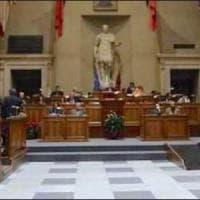 Rally tra le buche, da M5S bordate a Salvini.  E per il Bilancio in Comune