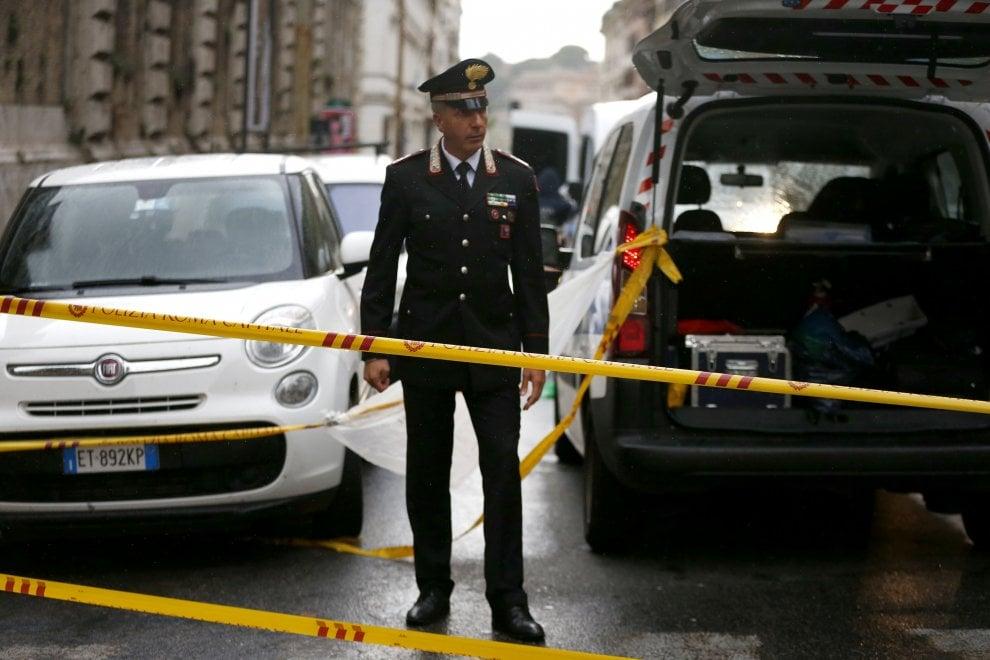Roma, vice-prefetto ucciso da bus turistico in Centro