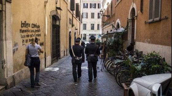 Roma, omicidio in via del Babuino, condannato a 30 anni direttore di banca che uccise la compagna