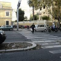 Roma, attraversava sulle strisce: morto diciassettenne travolto sulla Nomentana