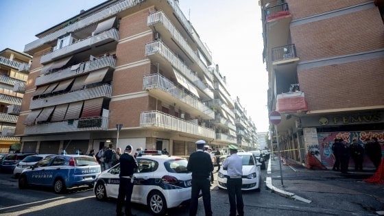 """Roma, sgomberata a Ostia un'altra abitazione occupata dal clan Spada. Raggi: """"Nessuna tregua a illegalità"""""""
