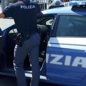 Roma, minacce e botte al figlio perché gay: padre arrestato per omofobia