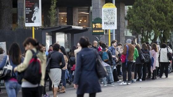 Roma, venerdì nero per lo sciopero dei trasporti: chiuse metro C. Rallentate la A e la B