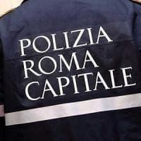 Roma, Ponte Milvio, investe con la Ducati una settantenne e scappa:  avvocato rintracciato e denunciato