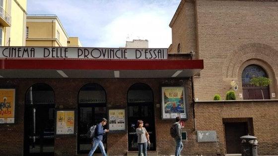 Roma, il cinema delle Provincie non chiude: piazza Bologna in festa