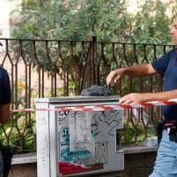 Roma, armi in pugno e parrucche in testa, tentano di rapinare banca al Portuense