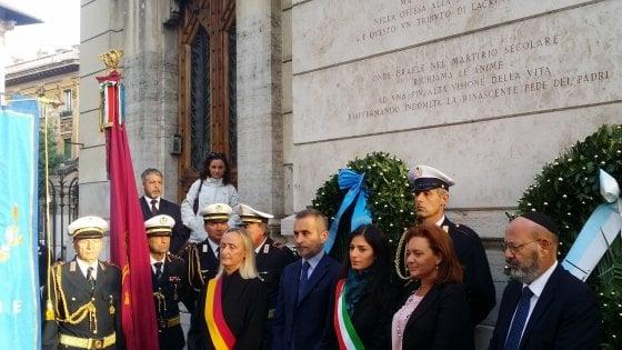 """Deportazione ghetto Roma, Mattarella: """"Ferita insanabile"""". Raggi: """"Via prime due strade intitolate a chi firmò leggi razziali"""""""