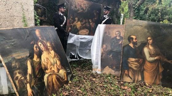 Quadri rubati durante rapina in hotel ai Parioli nel 2001 ritrovati in casolare di campagna a Zagarolo