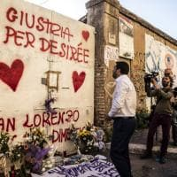 Morte Desirée, Salvini torna a San Lorenzo per deporre una rosa davanti al capannone