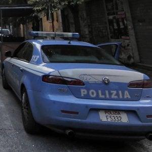 Roma,  uccide la ex  in strada con 5 colpi di pistola poi chiama la polizia