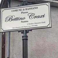 Inaugurata a Bassiano una piazza dedicata a Bettino Craxi