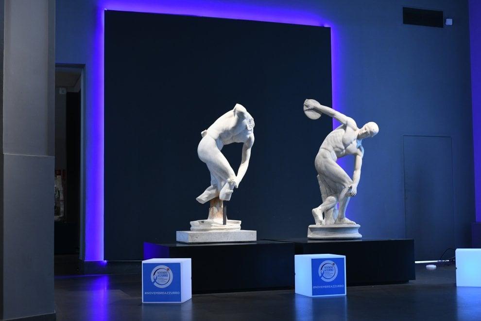 Roma, prevenzione tumore prostata: Discobolo e Palazzo Massimo si tingono di azzurro