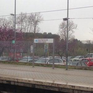 Roma, ragazzini vandalizzano bus che collega Acilia con Ostia, aggressione a Casal Bernocchi