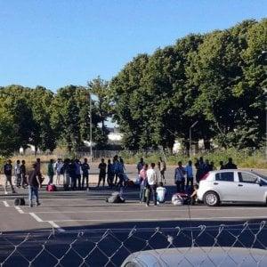 """Roma, Baldassarre: """"Accoglienza a migranti della Tiburtina"""". Baobab: """"Numeri non ci convincono"""""""