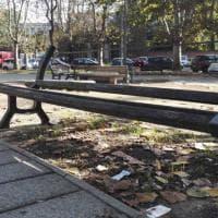 """Roma, la piazza di Monteverde in preda all'incuria: i bambini dicono """"Basta"""""""