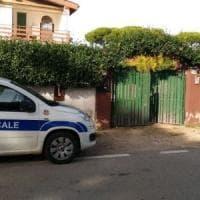 Lavinio, ex operaio Fiat muore in casa. I vigili scoprono moglie e quattro