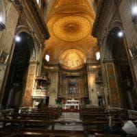 Papa Francesco: per la Giornata Poveri, clochard invitati a pranzo nei ristoranti