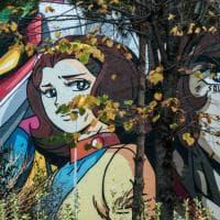 Roma, l'eroina Miwa sbarca a Tor Bella Monaca; terminato il murale di Flavio Solo