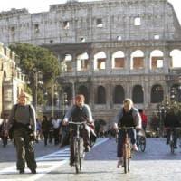 Smog a Roma, auto ferme per la domenica ecologica: stop ai veicoli inquinanti