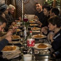 Roma, i senzatetto a pranzo nella basilica di Sant'Eustachio e nei ristoranti di Campo Marzio