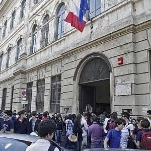 Roma, gli studenti occupano il Righi