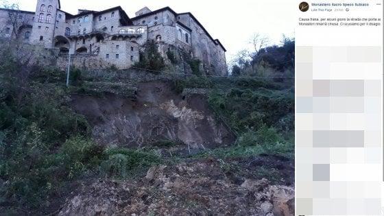 Subiaco, frana vicino alla basilica di Santa Scolastica: isolati i monasteri benedettini