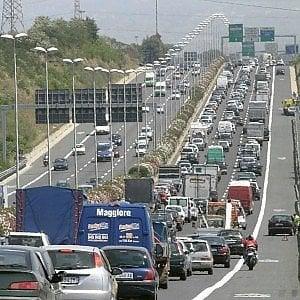 Traffico a Roma, code e rallentamenti causa incidenti sulla Pontina e sulla Cassia