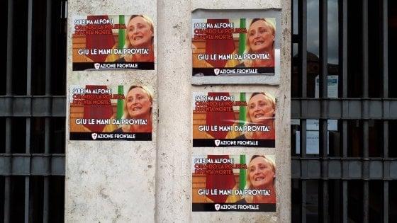 """Roma, manifesti antiabortisti di Azione frontale contro Sabrina Alfonsi. Lei: """"Nessun passo indietro su difesa delle donne"""""""
