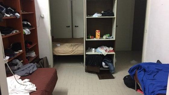 """Formia, calciatori dormono nello spogliatoio dello stadio: """"Ci avevano promesso vitto e alloggio"""""""