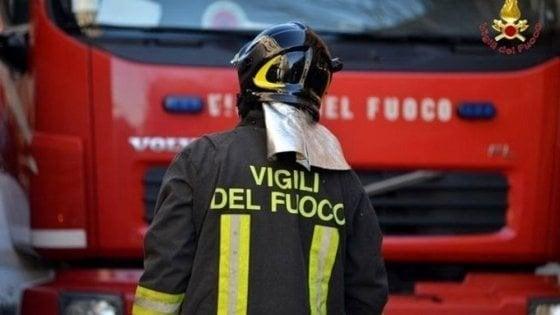 Rieti, incendio ed esplosione in un distributore di carburante: 15 feriti