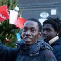 No Border, Soccorso, Umanità: le parole della solidarietà per l'albero migrante del Baobab