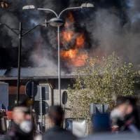 Incendio Tmb Salario, nella notte dopo il rogo aumentati i valori di idrocarburi