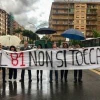 Pigneto, residenti in piazza contro il trasferimento del capolinea dell'81
