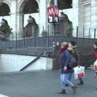 Roma, ztl e stazioni metro chiuse: l'ira dei negozianti