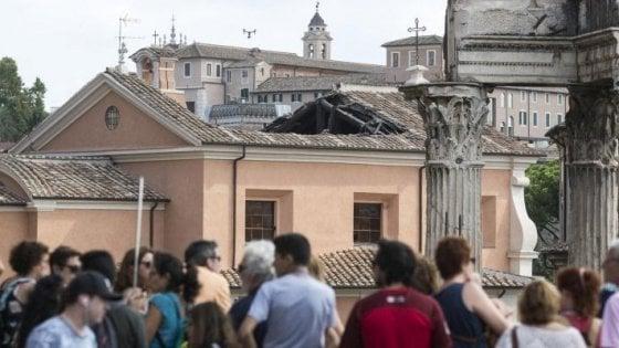 Roma, dopo il crollo riapre la chiesa di San Giuseppe dei Falegnami