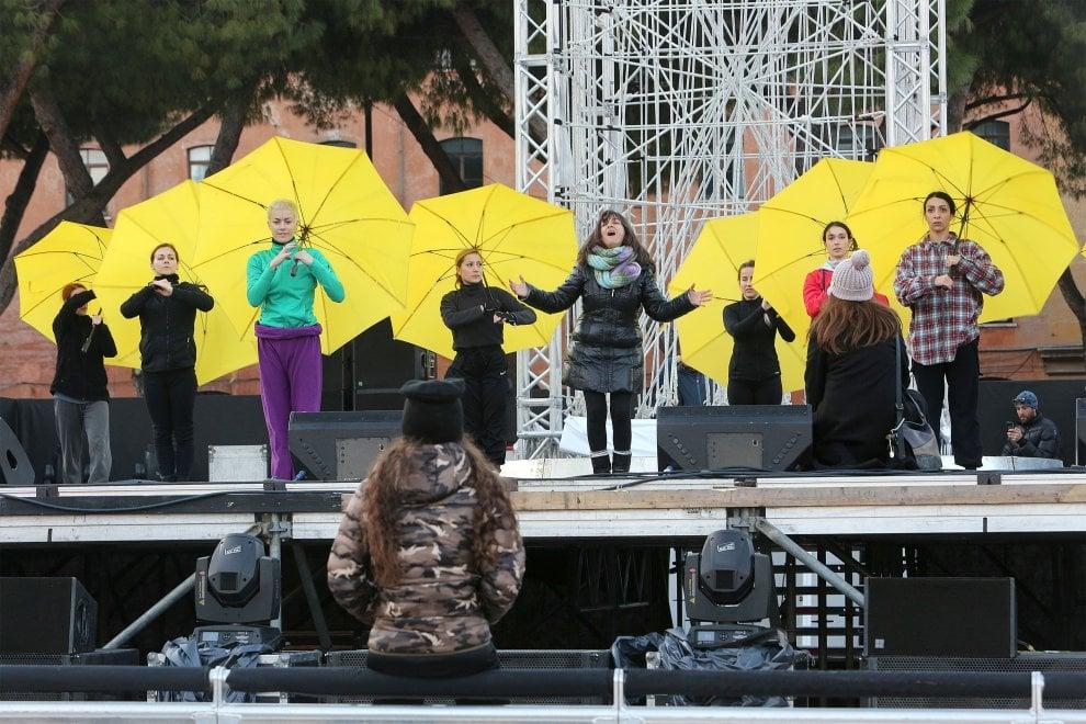 Capodanno a Roma, le prove al Circo Massimo dei Kitonb e della loro 'Ode alla luna'