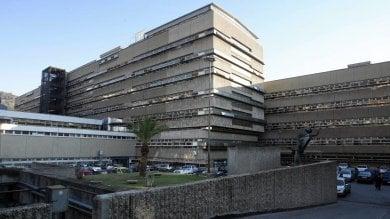 Tangenti per aggiustare indagini e sentenze  arrestati due magistrati in servizio a Roma