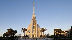 Oro, marmi e campanili    ft    è il Tempio dei Mormoni
