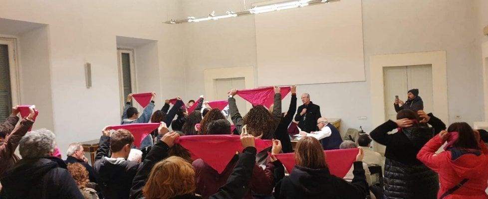 Frascati, blitz femminista al convegno del Movimento per la Vita