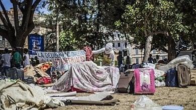 """Decreto Salvini, caos sgomberi: niente fondi      Rep :   Basilone: """"No al ricorso alla forza"""""""