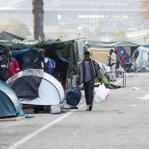 """Sgomberi e nuove favelas a Roma. La denuncia: """" Ora è emergenza sanitaria"""""""