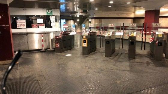 Roma, caos metro A: circolazione interrotta per quasi otto ore  tra Termini e Battistini