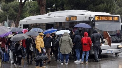 Metro A ferma tutta la mattina tra Termini e Battistini. Servizio ripreso alle 14