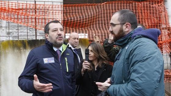"""Roma, arriva Salvini all'Ex Penicillina. Gelo con Raggi: """"Stabile non è rioccupato, mi chiedo dove prenda le notizie"""""""