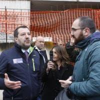 Roma, arriva Salvini all'Ex Penicillina. Gelo con Raggi: