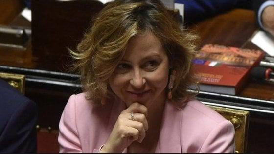 """Meningite, la ministra Grillo: """"Casi Roma preoccupano, invito i giovani a vaccinarsi"""""""