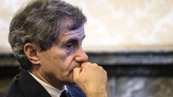 Chiesta condanna a cinque anni per Alemanno per terra di mezzo