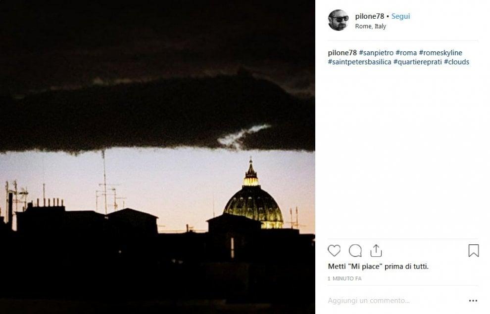 Prima della pioggia: gli scatti delle nuvole nel cielo di Roma
