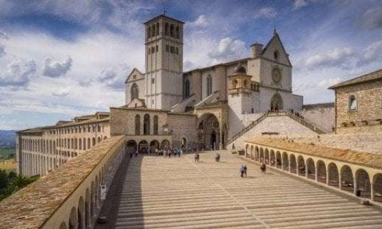 In bici tra il Vaticano e Assisi: Roma partecipa al bando della Regione per i 250 chilometri di pista